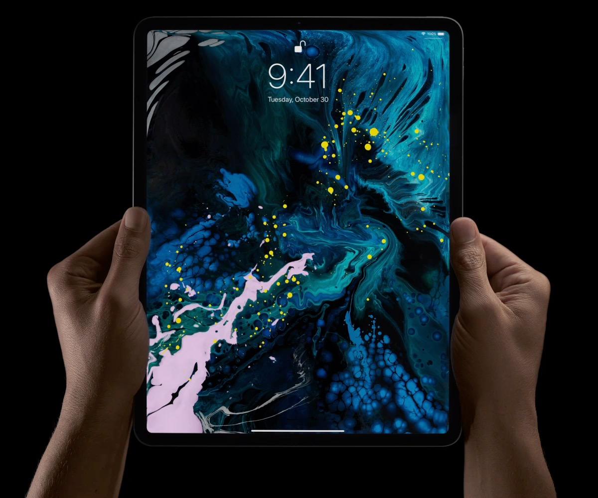 Face ID használata az iPad Pro-n.